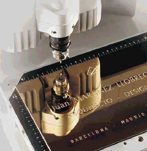 plaque engraving machine
